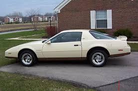 pontiac firebird 1984
