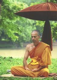 buddhist monk clothing