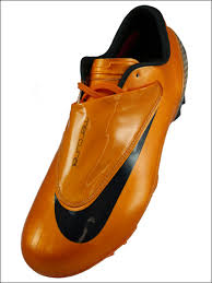orange nike soccer shoes
