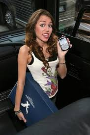 miley cyrus cell phone