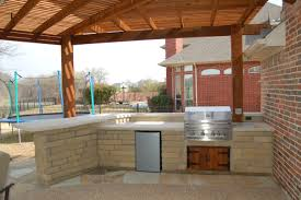 outdoor grill kitchens