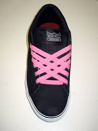 lacing shoes