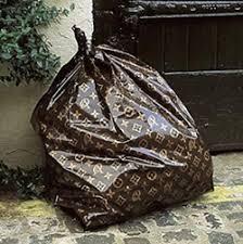 hefty garbage bag