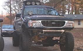 4x4 ford explorer