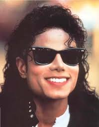 http://t0.gstatic.com/images?q=tbn:G4g0O04f9IOULM:http://emuckles.files.wordpress.com/2009/06/michael-jackson-is-madman.jpg