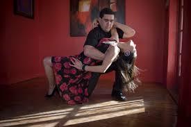 dancing bachata