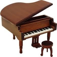 small grand pianos