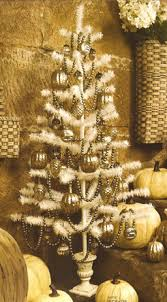 old fashioned ornament