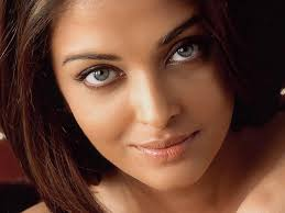 انواع العيون بالصور والكلام aishwarya-rai.jpg