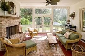 decorate screened porch