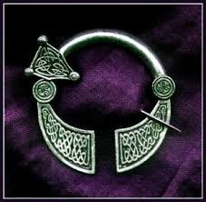 antique celtic jewelry