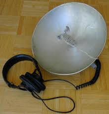 parabolic reflector microphone