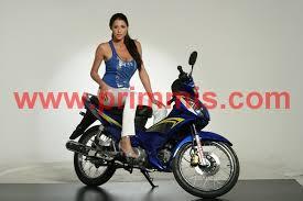 modelos en motos