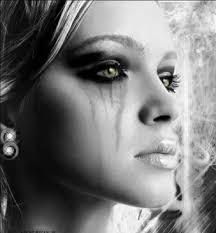 http://t0.gstatic.com/images?q=tbn:JD8wIJV-8yxzTM:http://www.estrada-international.com/myspace/sad_beauty.jpg&t=1