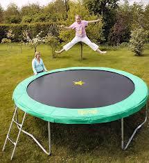 18 foot trampolines