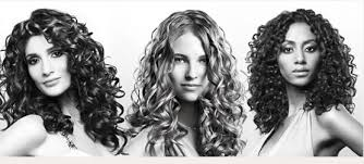 how to wear your hair curly