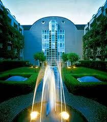 kaiser hotels