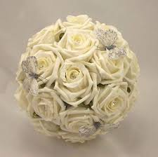 ivory rose bouquets