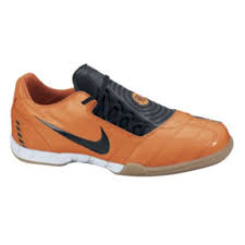 nike total 90 indoor shoes