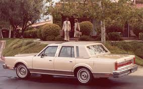 lincoln town car picture