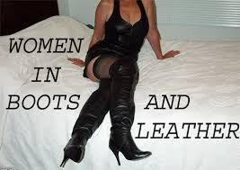 pictures of women in boots