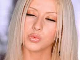 christina aguilera i turn to you