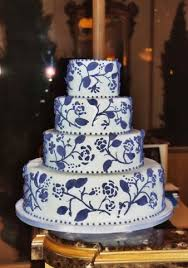 blue and white wedding cakes