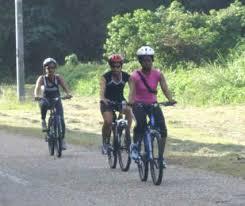 ladies cycling