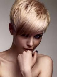 easy ways to style short hair