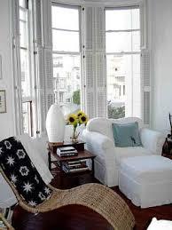 decorate bay window