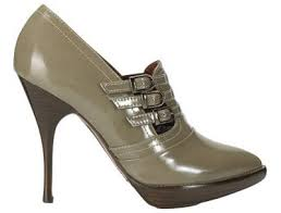 buckles shoes