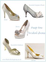 lace bridal shoe