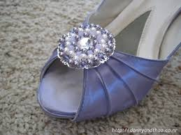 shoes brooch
