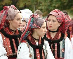 folklore costumes