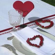 Déco de table pour la St Valentin! 3-couronnes-coeur-de-roses-rouge-2144