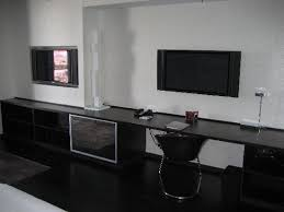 42 flat screen tvs