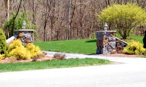 driveway entry