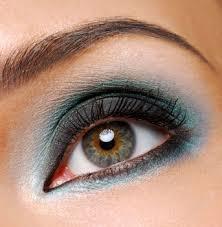 eye shadow tricks