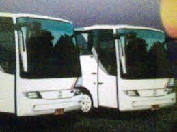 gambar bus pariwisata