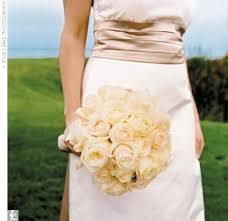 ivory roses bouquet