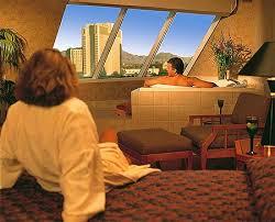luxor pyramid spa suite