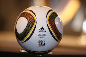 منتدى كرة القدم العالمية و الإقليمية