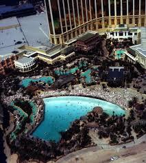 mandalay pool