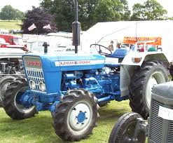 ford tractor 3000