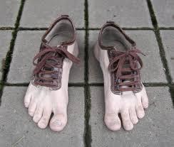 http://t0.gstatic.com/images?q=tbn:QI78FHwGB9PGTM:http://www.funatiq.com/images/funny-shoes.jpg