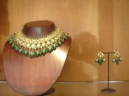 gold kundan jewellery