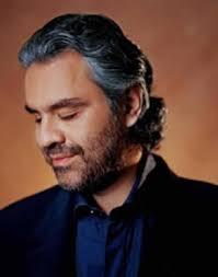 Eine Andrea (Bocelli) mit Bart