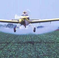 avion fumigador