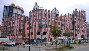 Magdeburg_Hundertwasserhaus.jpg