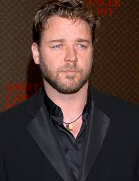 russell crowe pics